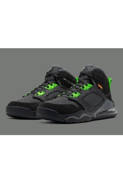 Air Jordan Mars 270 CT9132-001 Erkek Basketbol Ayakkabısı