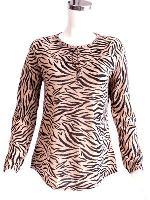 Oppland Kadın Kaplan Desenli Anne Butik Bluz Yakası Bağcık Detaylı Slim Fit