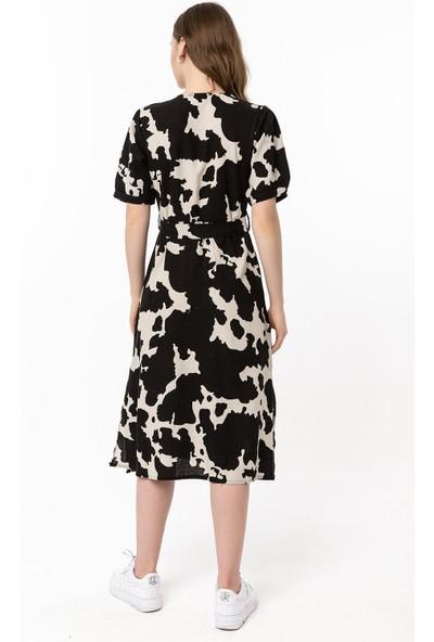 Coral Büzgü Kol Desenli Keten Elbise Siyah