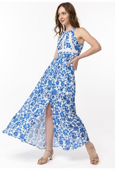 Coral Göğsü Dantel Detaylı Çiçekli Elbise Mavi