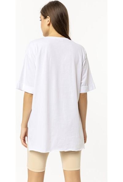 Coral T-Shirt Beyaz