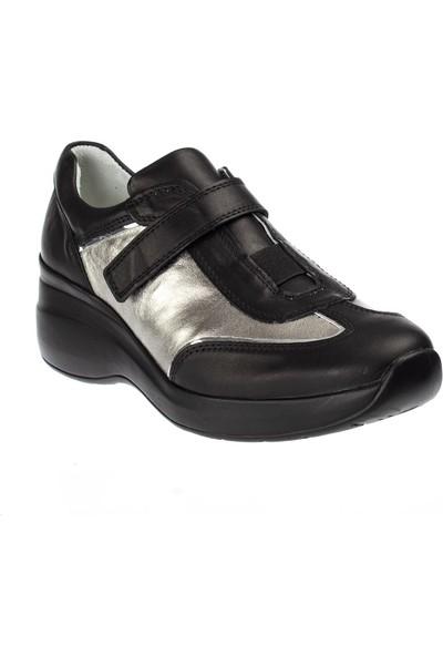 Celal Gültekin 1400 Kadın Siyah Deri Ayakkabı-Gümüş