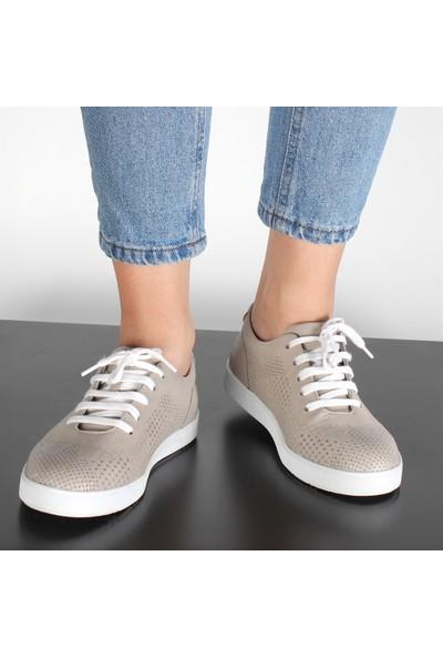 Celal Gültekin 20110 Kadın Günlük Deri Ayakkabı Gri