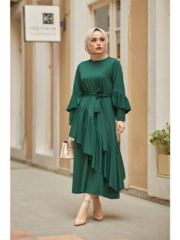 Festmoda Asimetrik Fırfır Detaylı Elbise Zümrüt