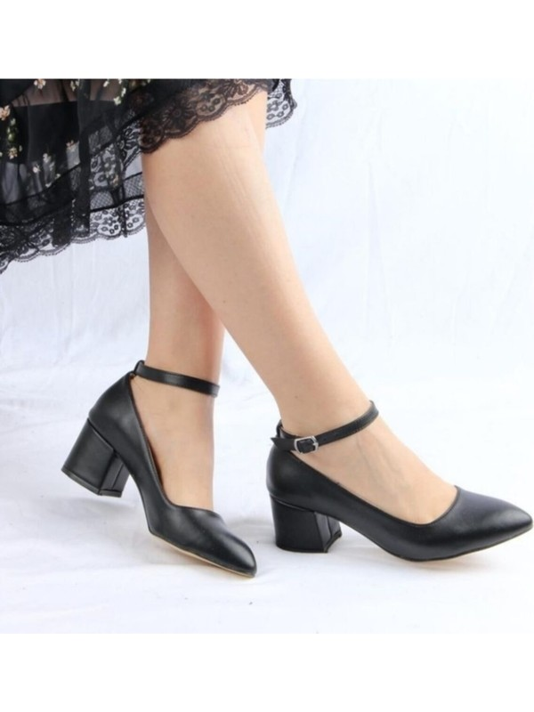 Lenay Kadın Siyah-Cilt Dekolte Bilekten Bantlı Topuklu Ayakkabı