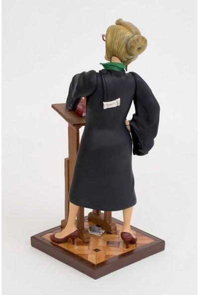 Forchıno Lady Lawyer