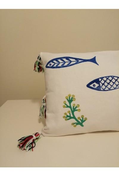Heybelioda Beyaz Keten Marin Desen El Boyama Dekoratif Kırlent