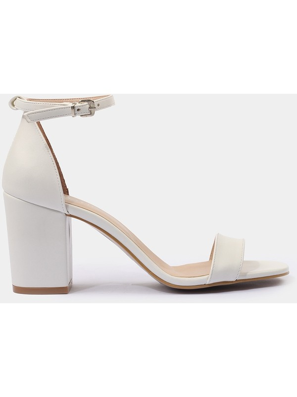 Hotiç 01SAH175140A900 Beyaz Kadın Sandalet