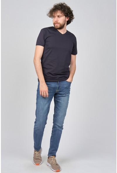 Qwerty Erkek Slim Fit V Yaka T-Shirt 54511102 Lacivert