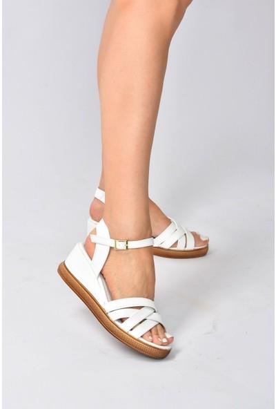 Beyaz Kadın Dolgu Topuklu Ayakkabı K674305409