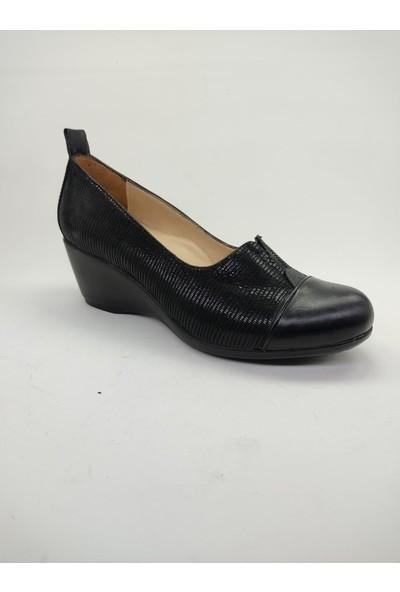 Dolgu Topuklu Siyah Kadın Ayakkabı
