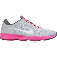 Nike 704658-008 Wmns Zoom Fit Koşu Ayakkabısı