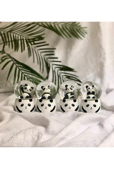 Gift Moda Panda Işıklı Küçük Boy Kar Küresi