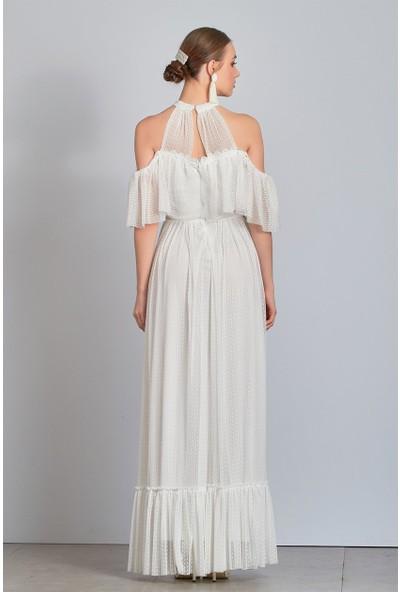 Omzu Açık Uzun Beyaz Abiye Elbise