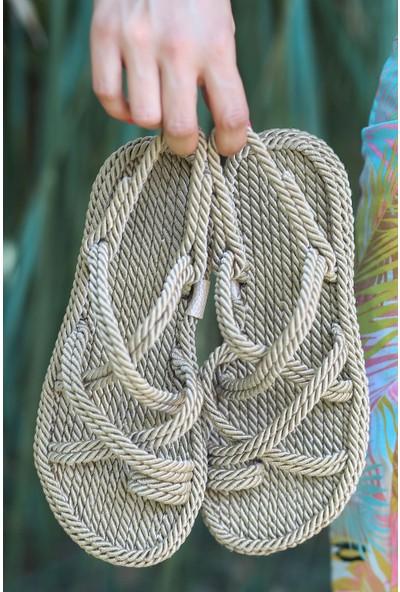 Almina Altın Makrome Halatlı Kadın Sandalet