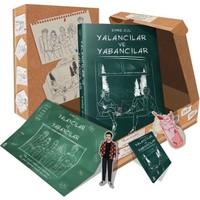Yalancılar ve Yabancılar Kutulu Set (Kutu, Poster, Defter, Milkshake Ayracı,Yazar İmzalı Ayraç,Ciltli Kitap) - Emre Gül