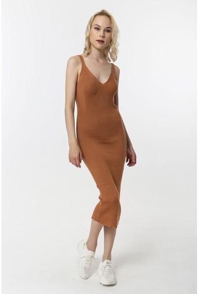 Coral Askılı Kaşkorse Elbise Soğan Kabuğu