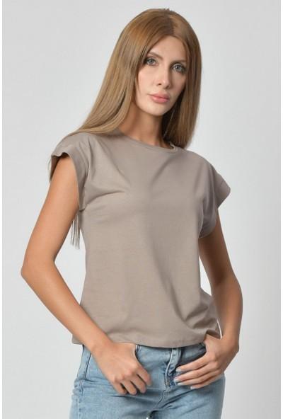 Quzu Omuzları Vatkalı Kadın T-Shirt - Kahverengi Kahverengi - 40