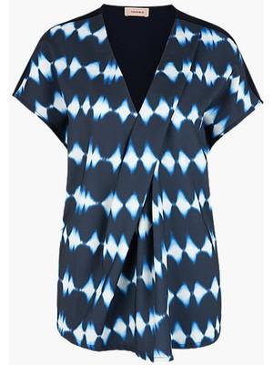 Triangle Lacivert Büyük Beden V Yaka Desenli Kadın Bluz