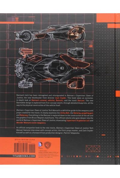 Batman V Superman: Dawn Of Justice: Tech Manual (Yurt Dışından)