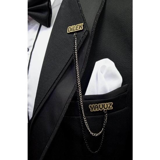 By Yavuz Kişiye Özel Yazılı Ceket Yaka Iğnesi