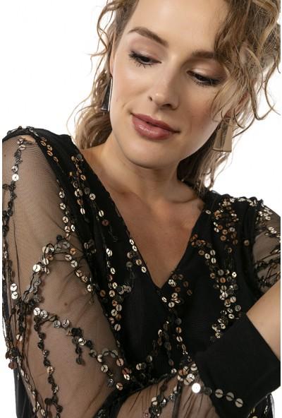 Moda Gusto Siyah V Yaka Gold Payet Detaylı Bluz