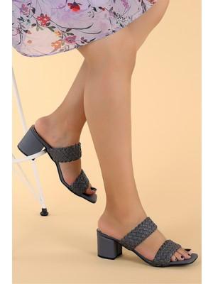 Potincim 6470-07 Cilt Örgülü 7 cm Topuk Kadın Sandalet Ayakkabı Gri