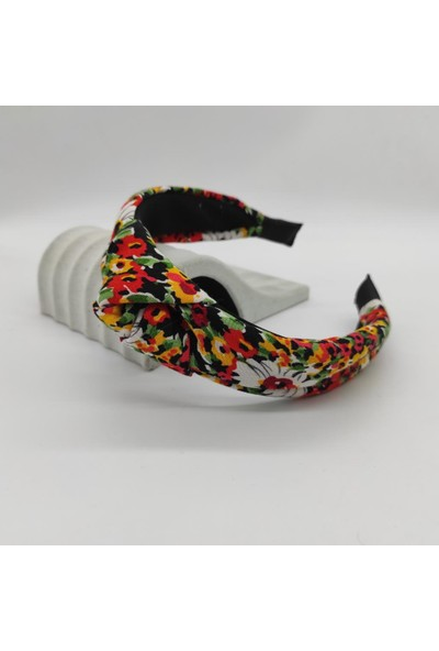 Tarz Toka Çiçek Desenli Düğüm Taç TKTAC0014