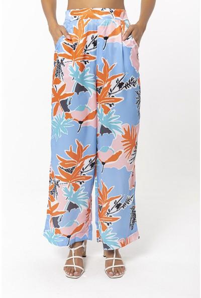 Coral Desenli Bol Paça Pantolon Açık Mavi