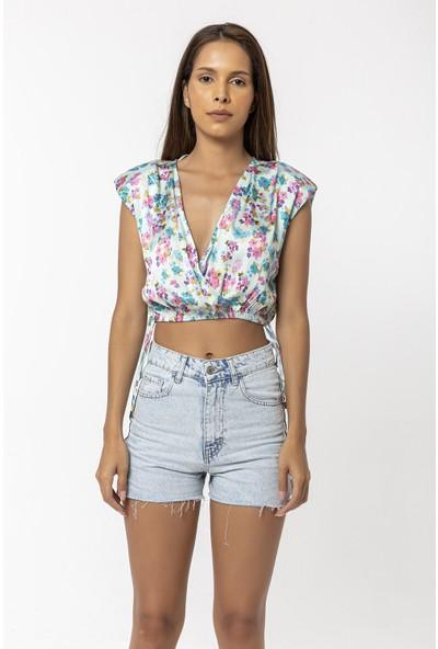 Coral Çiçekli Vatkalı Kısa Saten Bluz Mint Yeşili