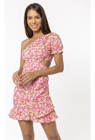 Coral Tek Omuz Volanlı Elbise Pembe