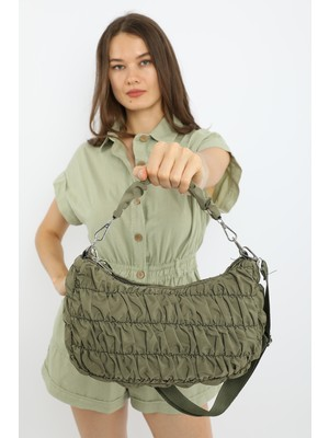 Madamra Haki Kadın Kapitone Baguette Çanta