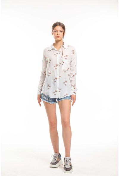 Bayamoda Gül Baskılı Düğmeli Uzun Kol Gömlek BYMD-10674